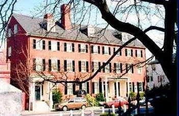 Pet Friendly Hotels in Massachusetts